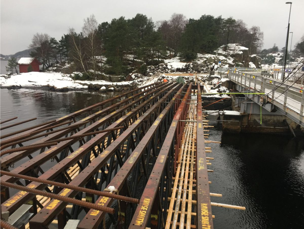 Bilde fra Statens vegvesens rapport etter kollaps av Bankebrua i Mandal. Foto: Statens vegvesen