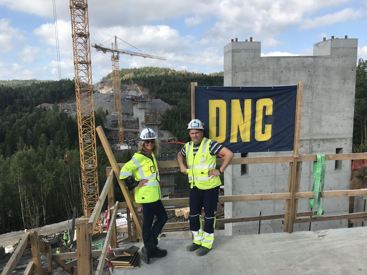 Bettina Gerti Groß og Armin Lutz i PNC Norge. Fra E18-prosjektet Rugtvedt –Dørdal. Foto: PNC Norge