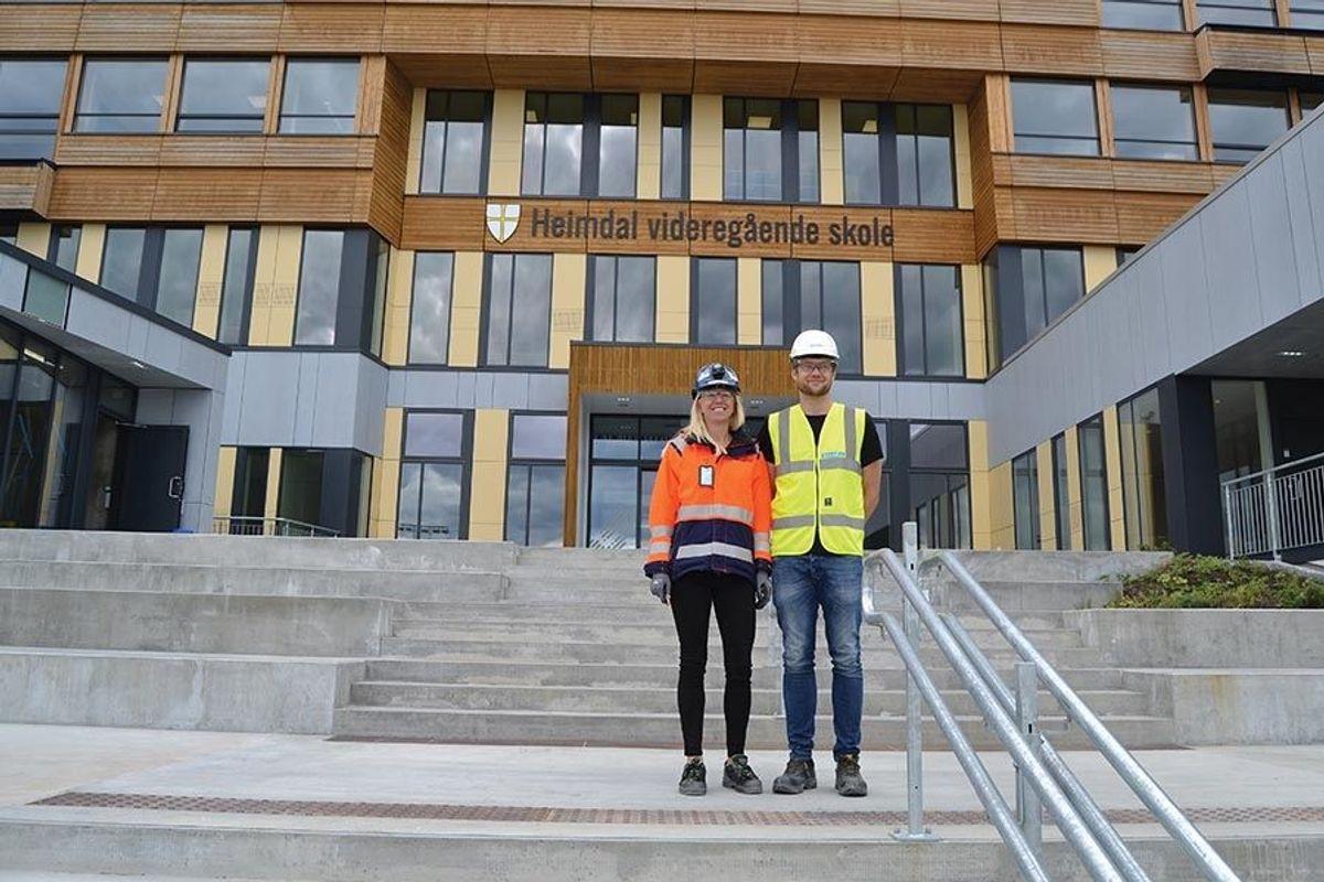 Kristina Bjerrehorn har ledet det største prosjektet Skanska hittil har hatt i Midt-Norge. Jo Andersson Kielland er en av flere Rambøll-arkitekter som har jobbet med skole- og hallprosjektet.