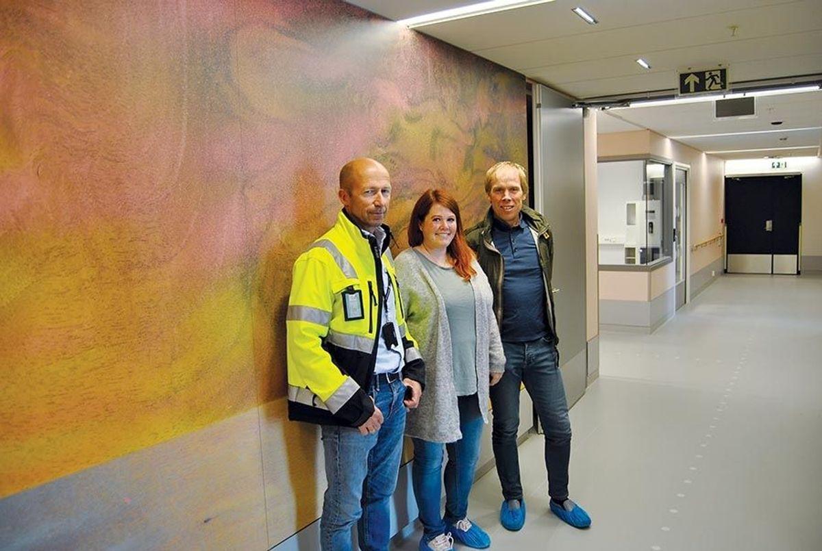 Prosjektleder Jan Helge Kristiansen fra Ruta Entreprenør (t.v.), sammen med Heidi Vassli fra Trondheim kommune og Halvor Midttømme fra ÅF Advansia