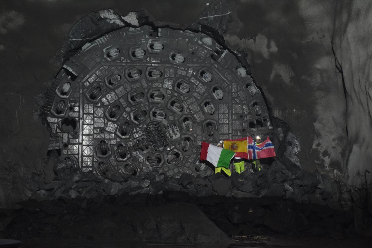 En stor andel av tunnelarbeiderne kommer fra Spania og Italia.