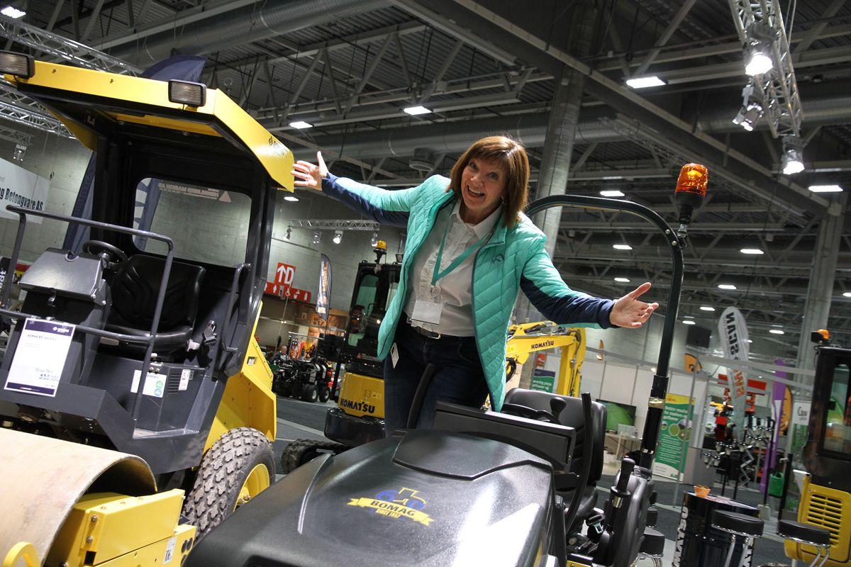 <p></p><p>Prosjektleder Marit Sagen i park- og anleggsmessen ønsker grøntanleggsbransjen velkommen til Lillestrøm 21-22. november. Foto: Ole Petter Opøien</p>