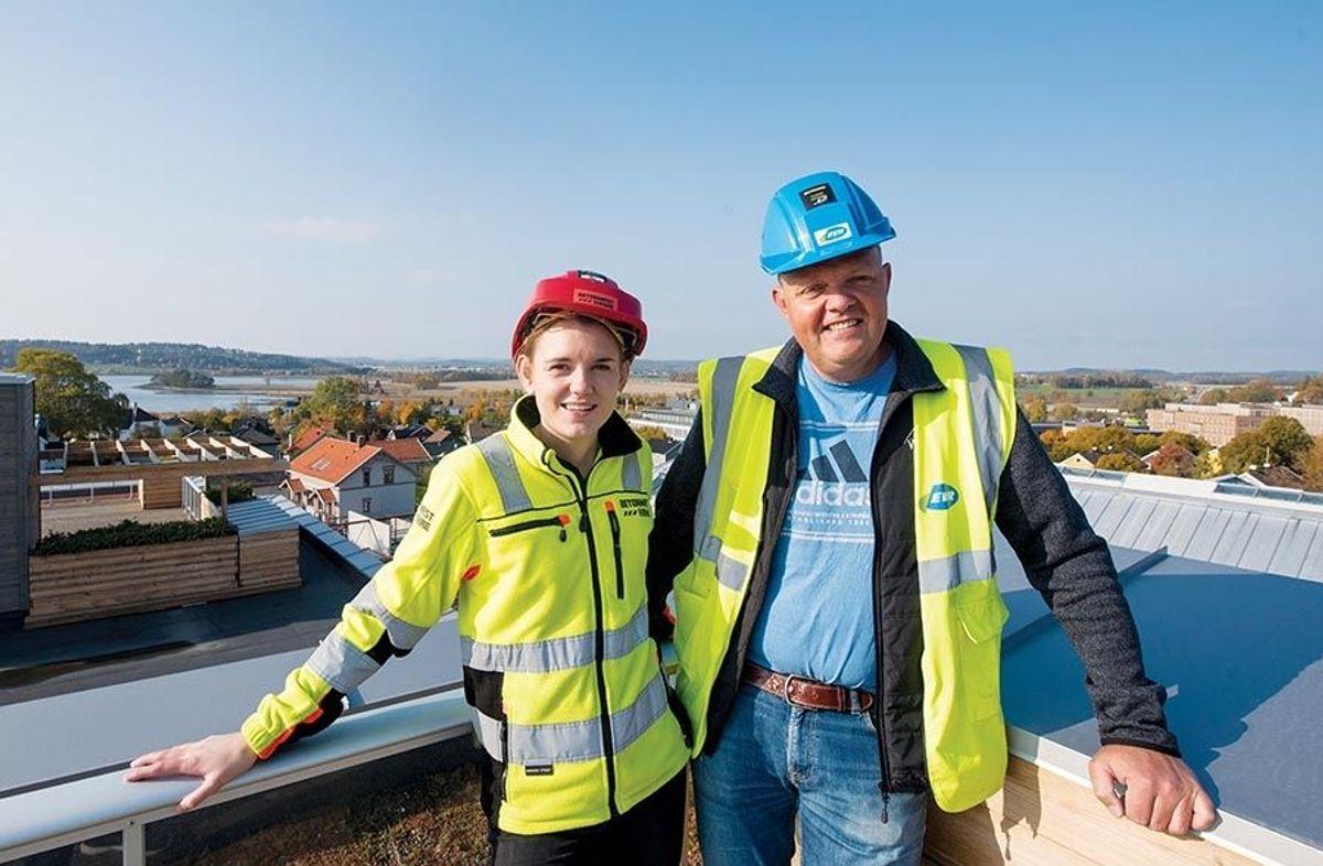 Det var utfordringer med grunnforholdene, men anleggsleder Ingvild Svenke Fundli i Betonmast og Øivind Bergum i EVR Norge har hatt kontroll underveis.