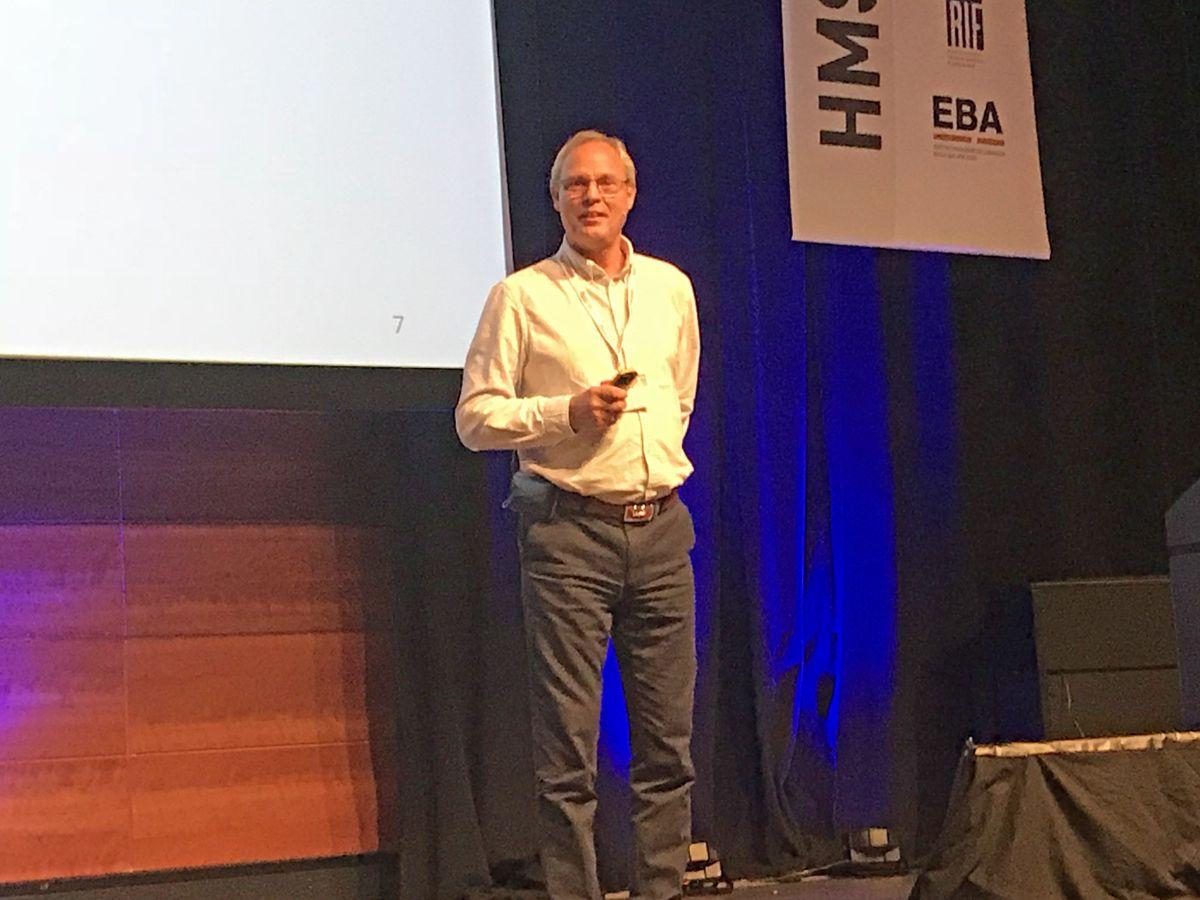 Teddy Broadhurst, HSE Excellence RQM Safety stilte i sitt foredrag spørsmålet: Er null kritiske hendelser mulig - eller bare fine ord? Foto: Svanhild Blakstad