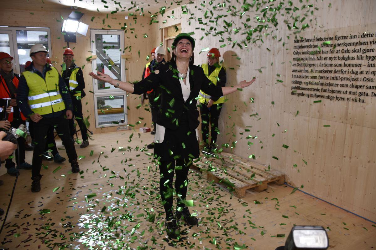 <p>Byråd Hanna Marcussen for byutvikling i Oslo kommune jublet for infill-boligprosjektet på Grünerløkka som skal stå klart i 2019.</p>
