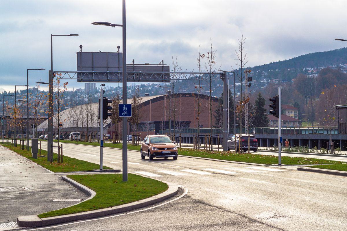 Både bilister, gående og syklende har blitt ivaretatt på prosjektet.