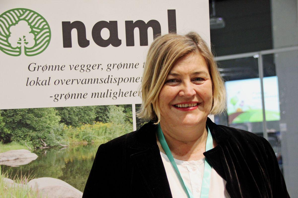 <p>GRØNN MØTEPLASS: - Park- og anleggsmessen er kommet for å bli. Dette er en viktig møteplass for den grøntanleggsbransjen, sier administrerende direktør Merete Bellingmo i Naml. Foto: Svanhild Blakstad</p>
