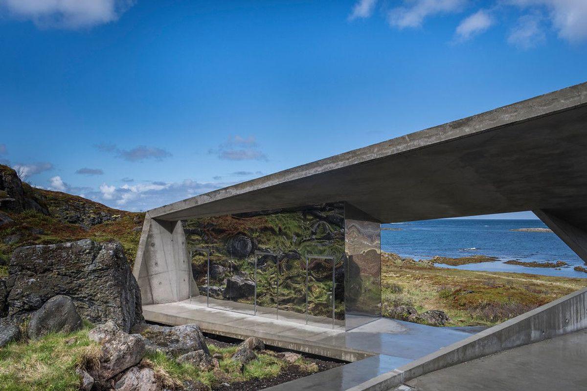 <p>Bukkekjerka rasteplass, Arkitekt: Morfeus arkitekter. Foto: Caroline Støvring.</p>