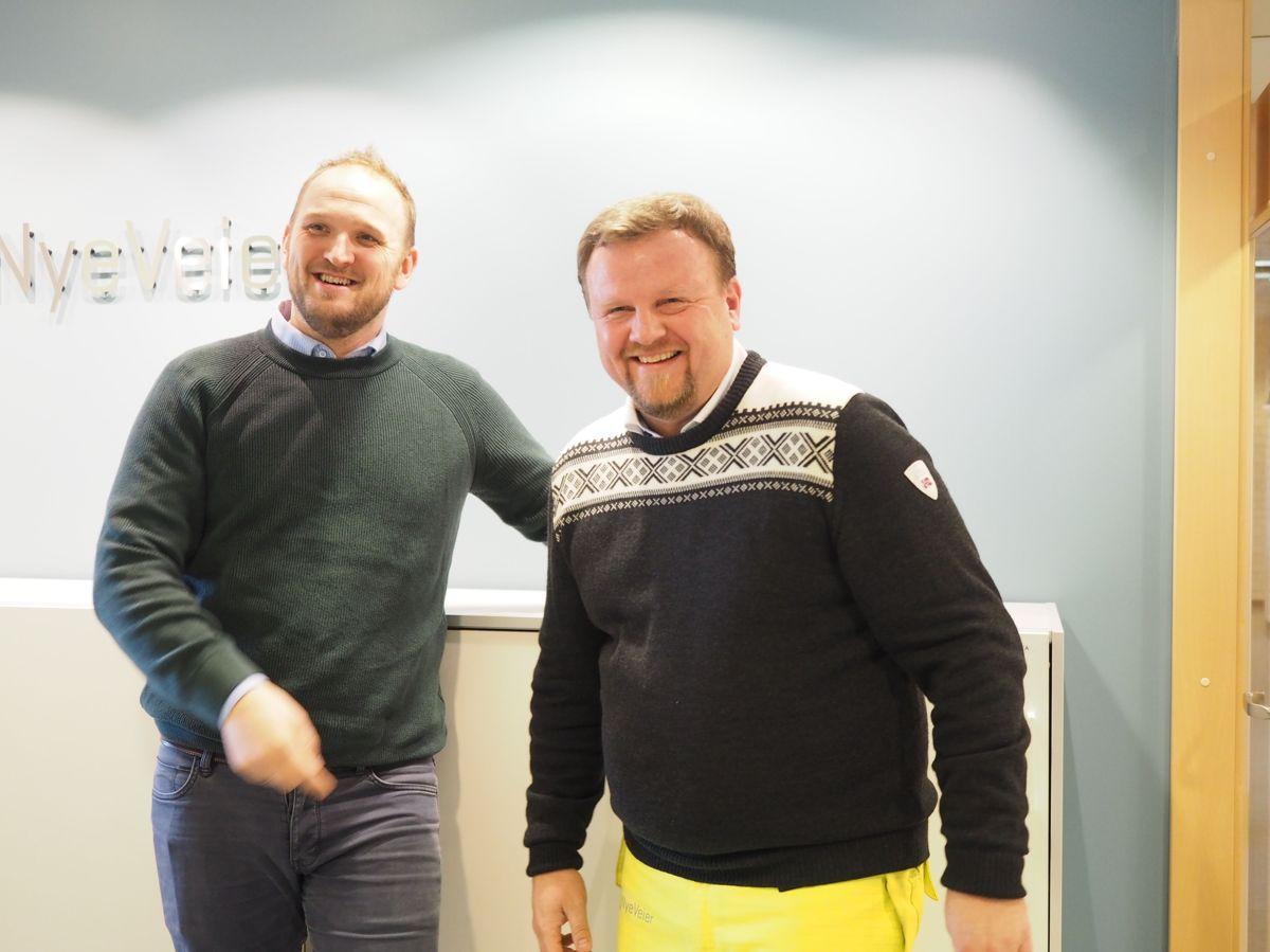 Samferdselsminister Jon Georg Dale og prosjektdirektør Øyvind Moshagen i Nye Veier.