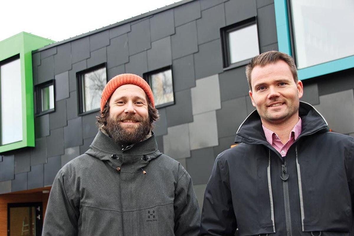 Espen Mikkelsen, prosjektleder Omsorgsbygg Oslo KF og Martin Stuge Bånerud, prosjektleder Varden entreprenør. Foto: Svanhild Blakstad