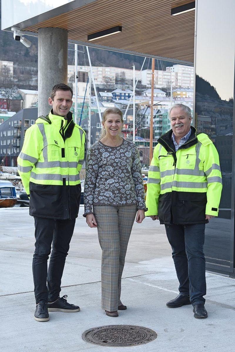 Prosjektdirektør Gunnar Hernborg, eiendomssjef Eva Karin Fremstad og prosjektsjef Kjell Tveit.