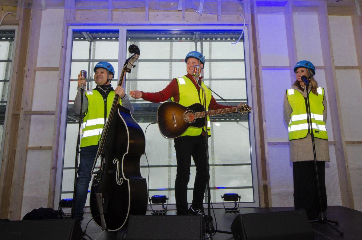 Heine Totland med band.