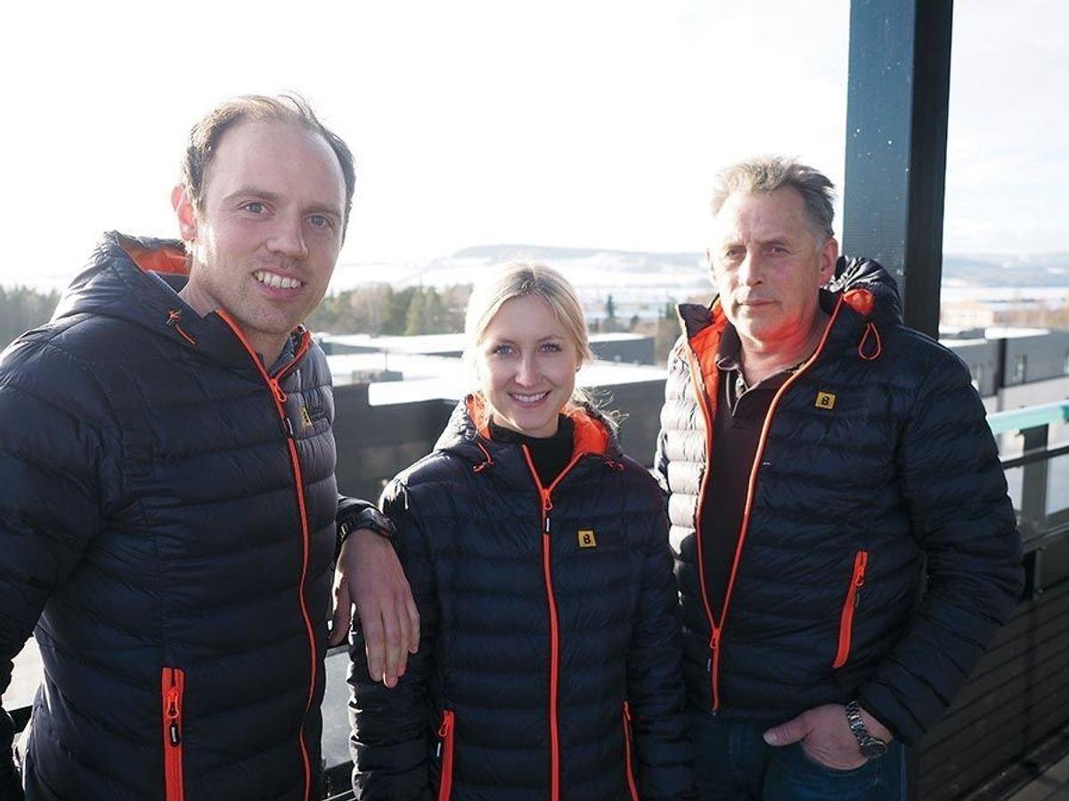 Driftssjef Trond G. Svenkerud, prosjektleder Heidi R. Stensrud og formann Finn Flisen i Martin M. Bakken.