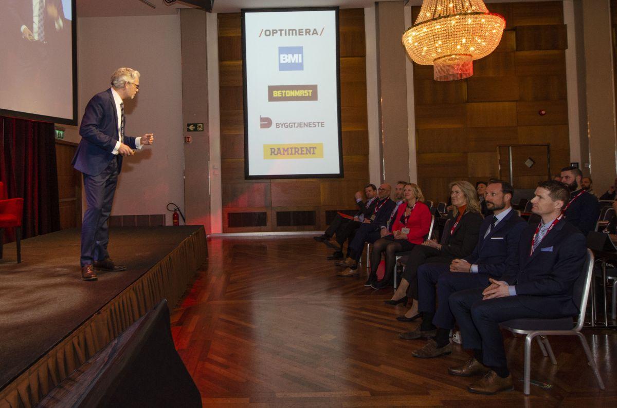BNL-direktør Jon Sandnes åpnet Byggedagene 2019 foran blant andre kronprins Haakon Magnus av Norge. Foto: Sindre Sverdrup Strand