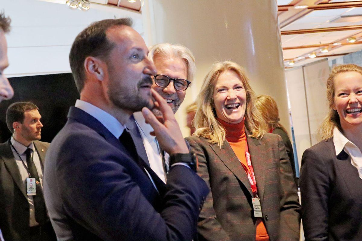 God stemning da Kronprins Haakon besøkte Høyden på Byggedagene. Foto: Svanhild Blakstad