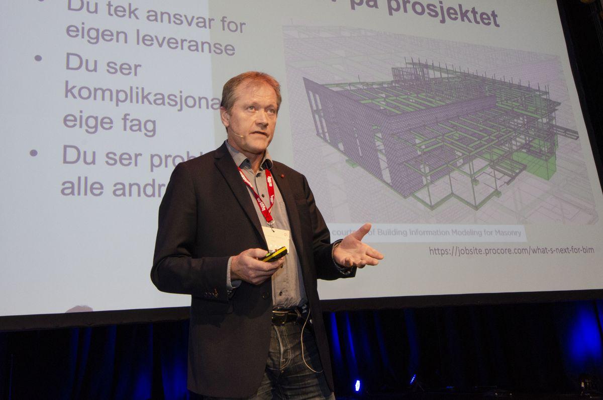 NTNU-professor Ole Jonny Klakegg snakket om risiko og muligheter. Foto: Sindre Sverdrup Strand