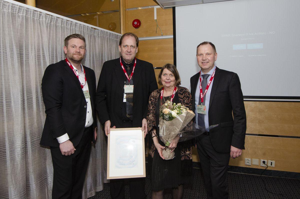 Spar Snarøya var et av tre nominerte prosjekt til Årets Trebyggeri 2018. Per Magne Doull i POB (fra venstre), Vegard Sletten i Norgesgruppen Eiendom, Ragnhild Torsteinsrud-Smith i Meinich Arkitekter og Roger Heimdal i Søndergaard Rickfelt arkitektur.