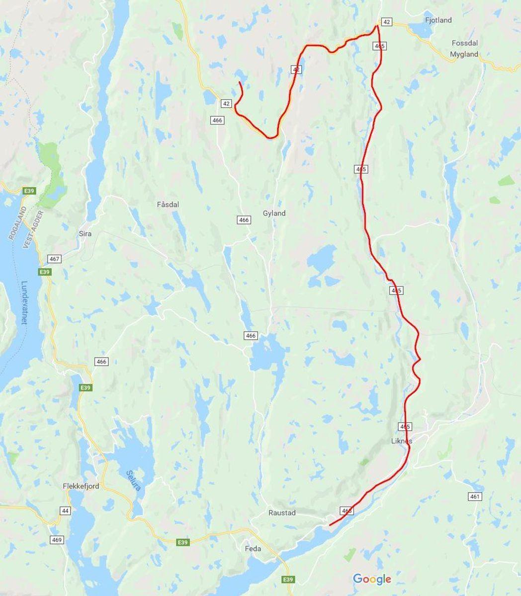 Transportruta er 44 km lang og går fra Kleven havn/Øyesletta opp til Tonstad Vindpark.