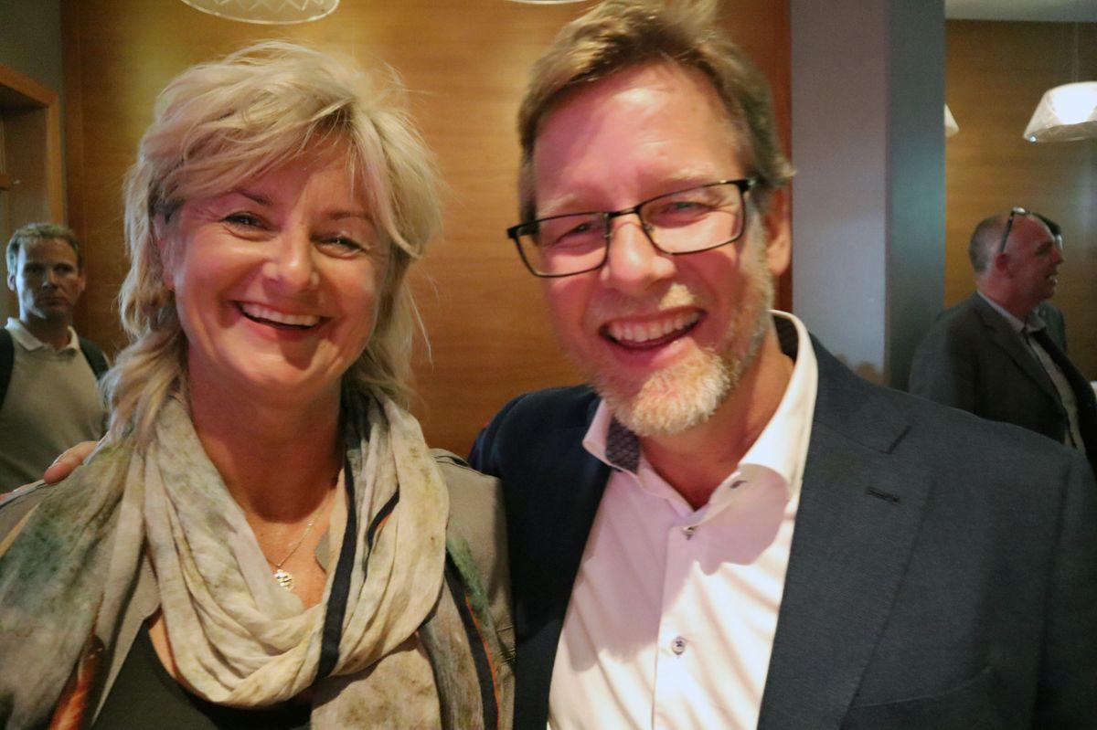 Påtroppende konsernsjef Jimmy Bengtsson i Veidekke og tidligere styremedlem Ann-Christin Anderssen. Foto: Svanhild Blakstad