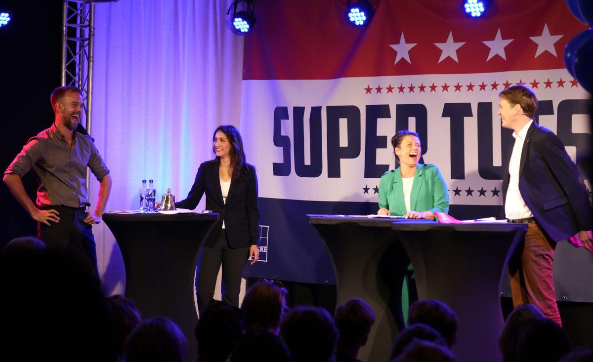 Heidi Nordby Lunde (H) og Torstein Tvedt Solberg (Ap) duellerte under ledelse av Morten Hegseth og Mah-Rukh Ali. Foto: Arve Brekkhus