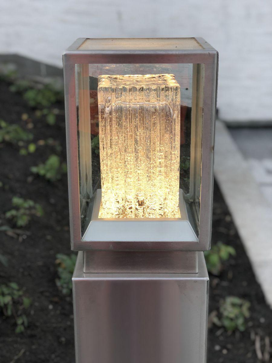 Spesialdesignede lyslykter med glass fra Hadeland Glassverk. Foto: Bjørn Egil Solvang