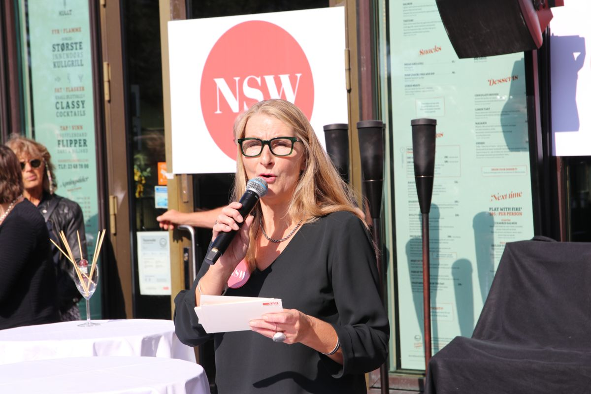 På jubileumsfesten fortalte daglig leder Lise Rystad om firmaet og introduserte resten av programmet og innslagene.