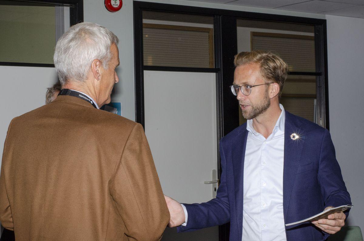 Digitaliseringsminister Nikolai Astrup gjestet Norconsult.