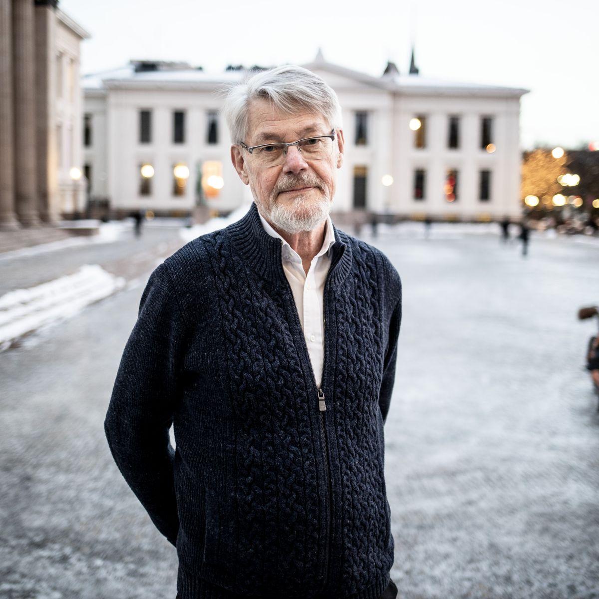 Alvorlig: Professor i offentlig rett Erik Magnus Boe mener at det kan virke som om ledelsen i Eidskog var valgt å misforstå forvaltningsloven. - Det er alvorlig, sier han.  Foto: Magnus Knutsen Bjørke