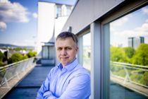 <p>At disposisjonsfondene tappes er et tegn på at kommuneøkonomien er presset, mener Rune Bye, avdelingsdirektør for kommuneøkonomi i KS.</p>