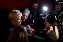 Finansminister Siv Jensen (Frp) møtte pressen ved huset sitt mandag morgen. Foto: Håkon Mosvold Larsen / NTB scanpix