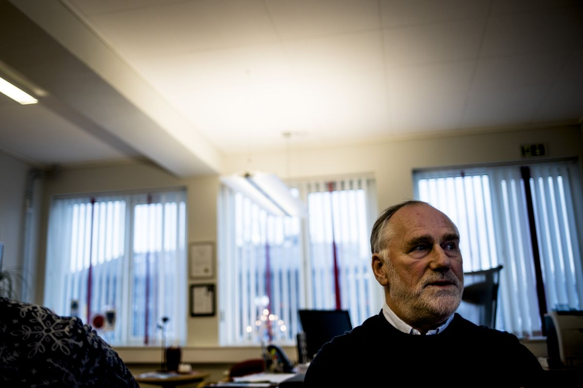 – To av tre nordmenn sier at havbruksnæringen bør bidra mer til vertskommunen som har kostnader med å legge til rette for næringen, sier NFKKs styreleder Ole L. Haugen (Ap), som også er ordfører på Hitra. Foto: Magnus Knutsen Bjørke
