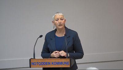 Anne Haugen Wagn (SV) ble så rystet over uttalelser om homofile at hun så behovet for å vedta en handlingsplan. Foto: Skjermdump fra kommunestyremøte
