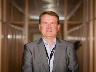 Prosjektrådmann i nye Øygarden kommune Rune Lid fikk vondt i magen da han oppdaget store avvik i antall ansatte. Foto: Øygarden kommune