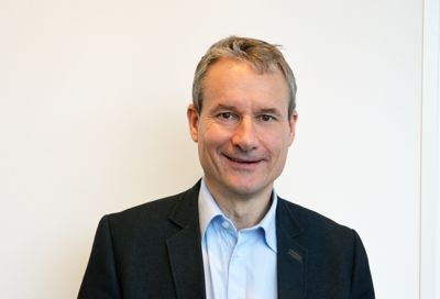 Vant i fjor: I fjor kunne ordfører i Førde, Olve Grotle (H), glede seg over å vinne Kommunebarometeret. Hvem kan juble høyest i år? I morgen kommer svaret. Foto: Britt Glosvik