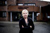 Taus: Ordfører i Nittedal kommune, Hilde Thorkildsen (Ap), legger vekt på åpenhet. Hvem som bygger den hemmelige hytta i Marka, og om det er en «James Bond-hytte», blir imidlertid definert som taushetsbelagt informasjon.  Foto: Magnus Knutsen Bjørke