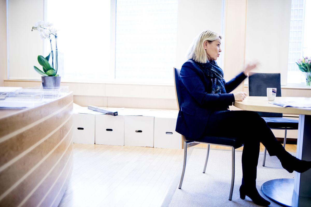 Monica Mæland (H) vil fortsatt legge til rette for kommunesammenslåinger. Foto: Magnus Knutsen Bjørke