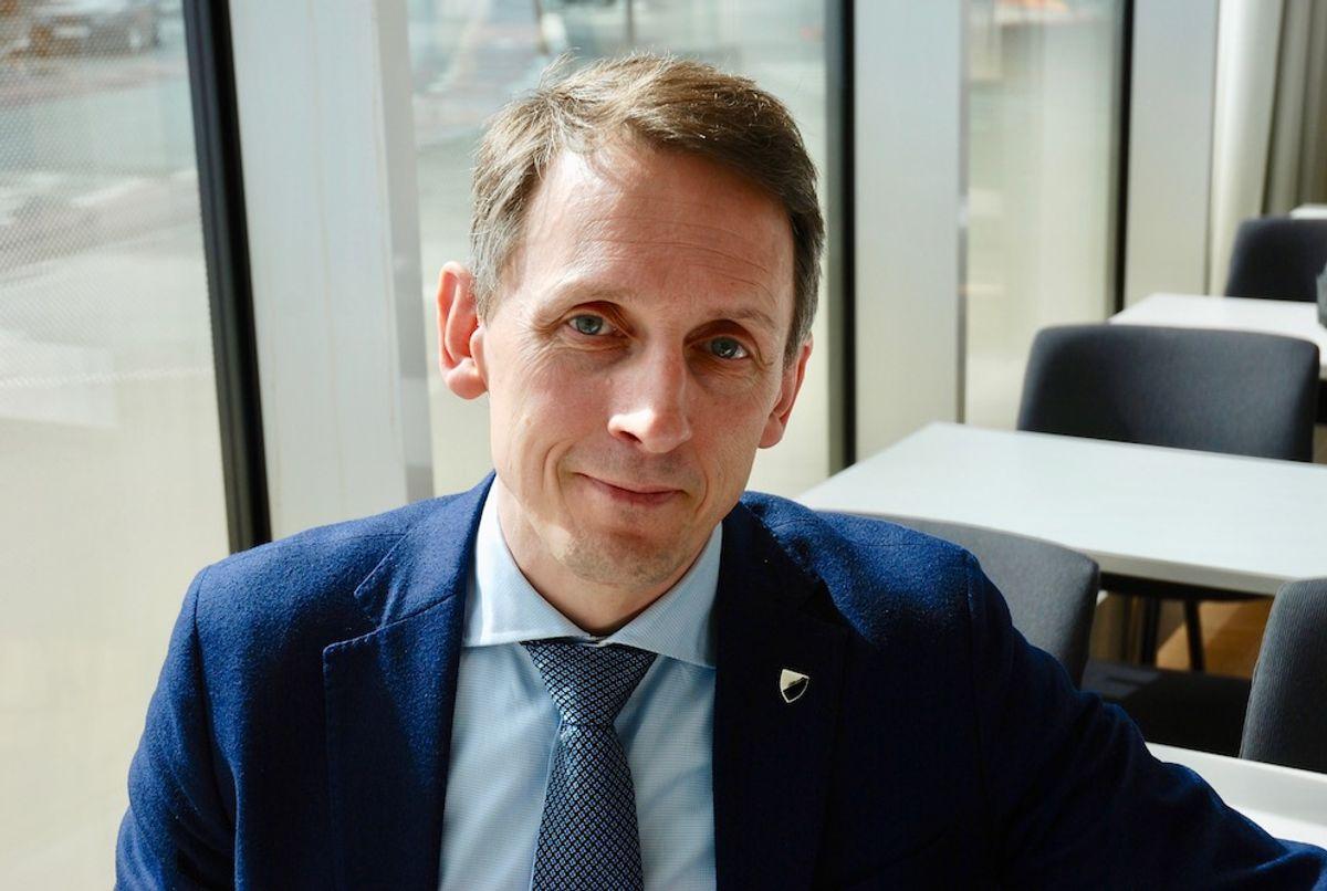 – Det primære er ikke min lønn, men at vi får en god styring av kommunen, sier ordfører Tom Myrvold (H) i Ørland. Foto: Tone Holmquist