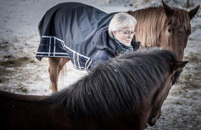 Tidligere innkjøpssjef i Lenvik, Tor Arne Selvli, har følt seg utstøtt fra rådhuset. Han ble sykmeldt i fjor vår og avsluttet sitt arbeidsforhold i Lenvik kommune i oktober i fjor. Nå får han full støtte fra politikerne. Foto: Lisa Rypeng
