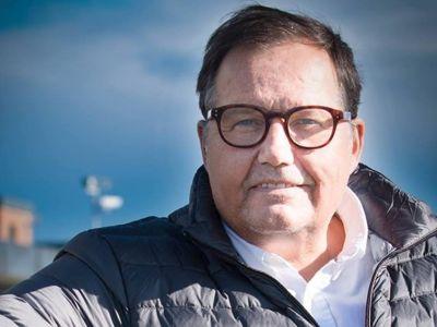 Statsforvalter Per Arne Olsen frykter at flere kommuner i Vestfold og Telemark kan havne på den økonomiske svartelisten Robek i årene som kommer.