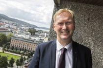Byrådsleder Harald Schjelderup sier at Bergens nye kommunale bemanningsbyrå er et verdigvalg. Foto: Otto von Münchow