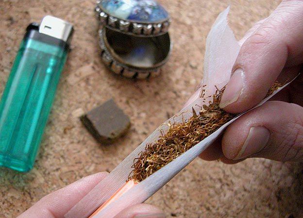 Hemnes ligger på topp når det gjelder ungdom som har brukt cannabis det siste året. Ringsaker ligger på bunn. Ill.foto: Colourbox.com