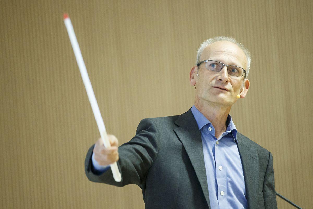 –Det er nærliggende å tolke skatteinngangen hittil i år, som tegn på at husholdningenes økonomi så langt har blir bedre enn antatt i nasjonalbudsjettet for 2021, sier Torbjørn Eika, sjeføkonom i KS.