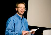 <p>En del kommuner kan ha blitt fristet av lav rente på kortsiktig lånefinansiering. Men nå må de betale prisen i form av at det blir vanskeligere å refinansiere lånene, sier Lars-Erik Borge, som er økonomiprofessor ved NTNU. Foto: Arkivfoto Ole Petter Pedersen</p>