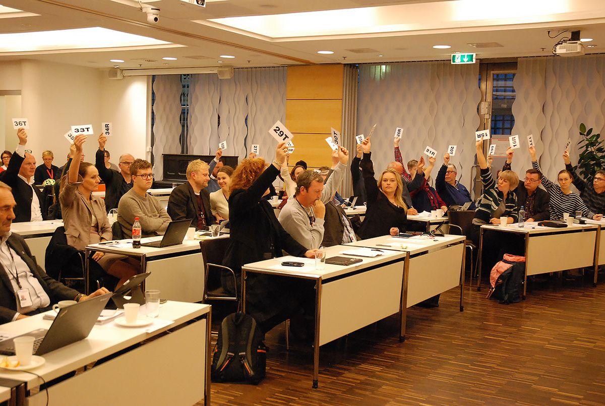 Akershus fylkesting stemmer imot sammenslåing med Østfold og Buskerud. Foto: Tone Holmquist