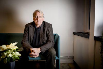 Ordfører Nils Røhne (Ap) i Stange synes ikke Trygve Slagsvold Vedums beretninger om forfall i Stange-skolen er særlig statsministeraktig.