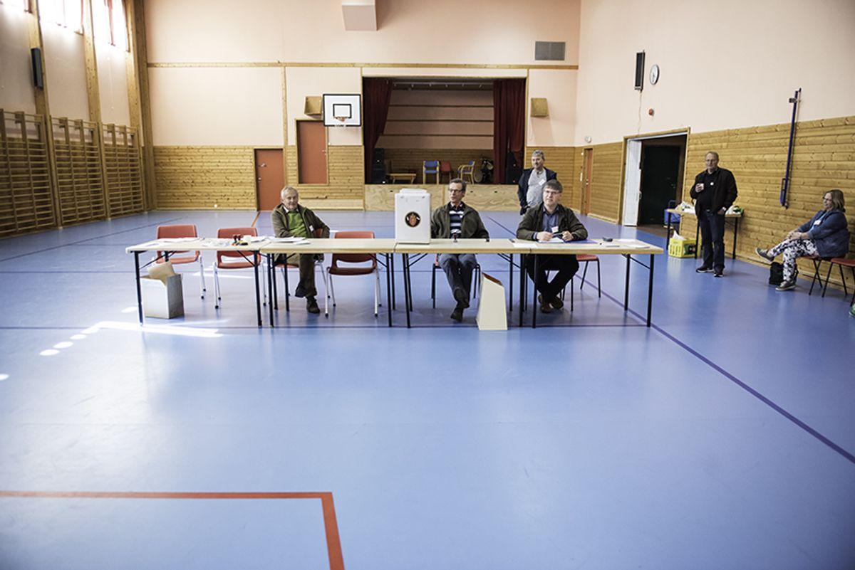 Meland er en av de 31 kommunene hvor det er folkeavstemning om kommunesammenslåing i dag. Foto: Lisa Rypeng