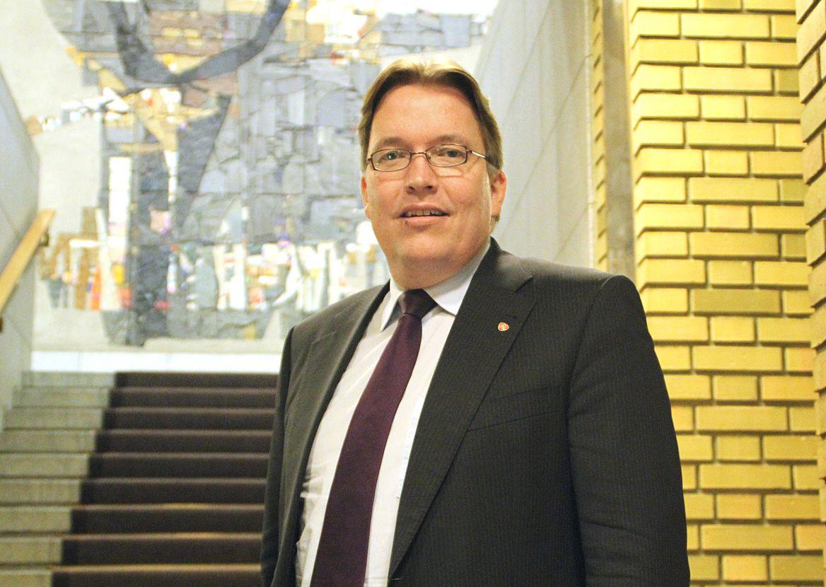 Ørland ville fått kampflybasen uten PR-hjelp, ifølge forsvarspolitisk talsmann Sverre Myrli i Ap. Foto: Ap