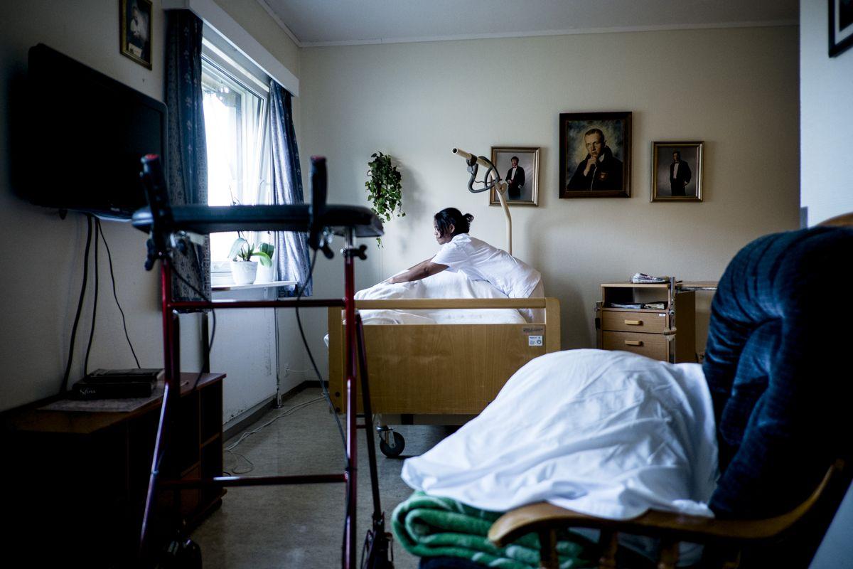 Debatten om konkurranseutsetting av sykehjem dreier seg ofte om hvorvidt penger kan spares. Men kommunene har dårlig oversikt over kostnadene knyttet til konkurranseutsetting, viser Fafo-rapport. Arkivfoto: Magnus K. Bjørke