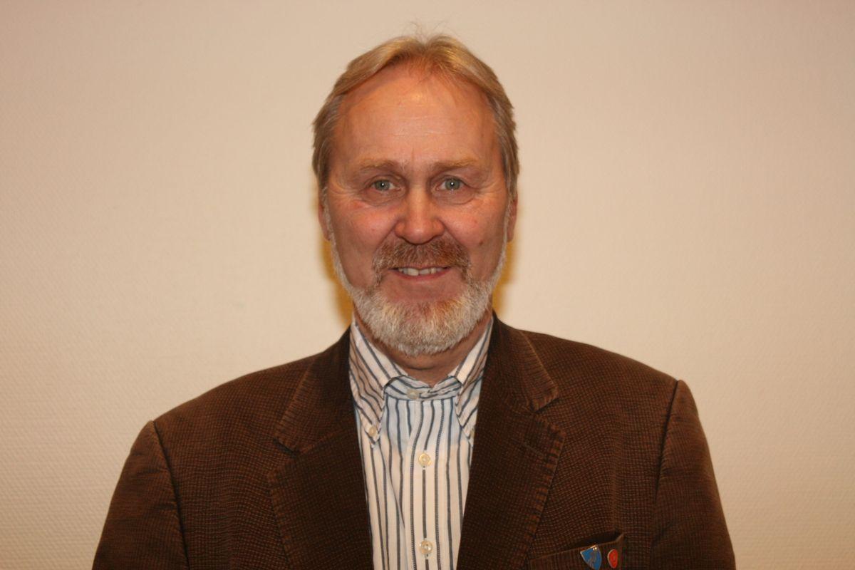 Modum-ordfører Terje Bråthen (Ap) oppfordrer justisministeren til å opprettholde lavterskeltilbudet om fri rettshjelp til kommunene. Foto: Ap