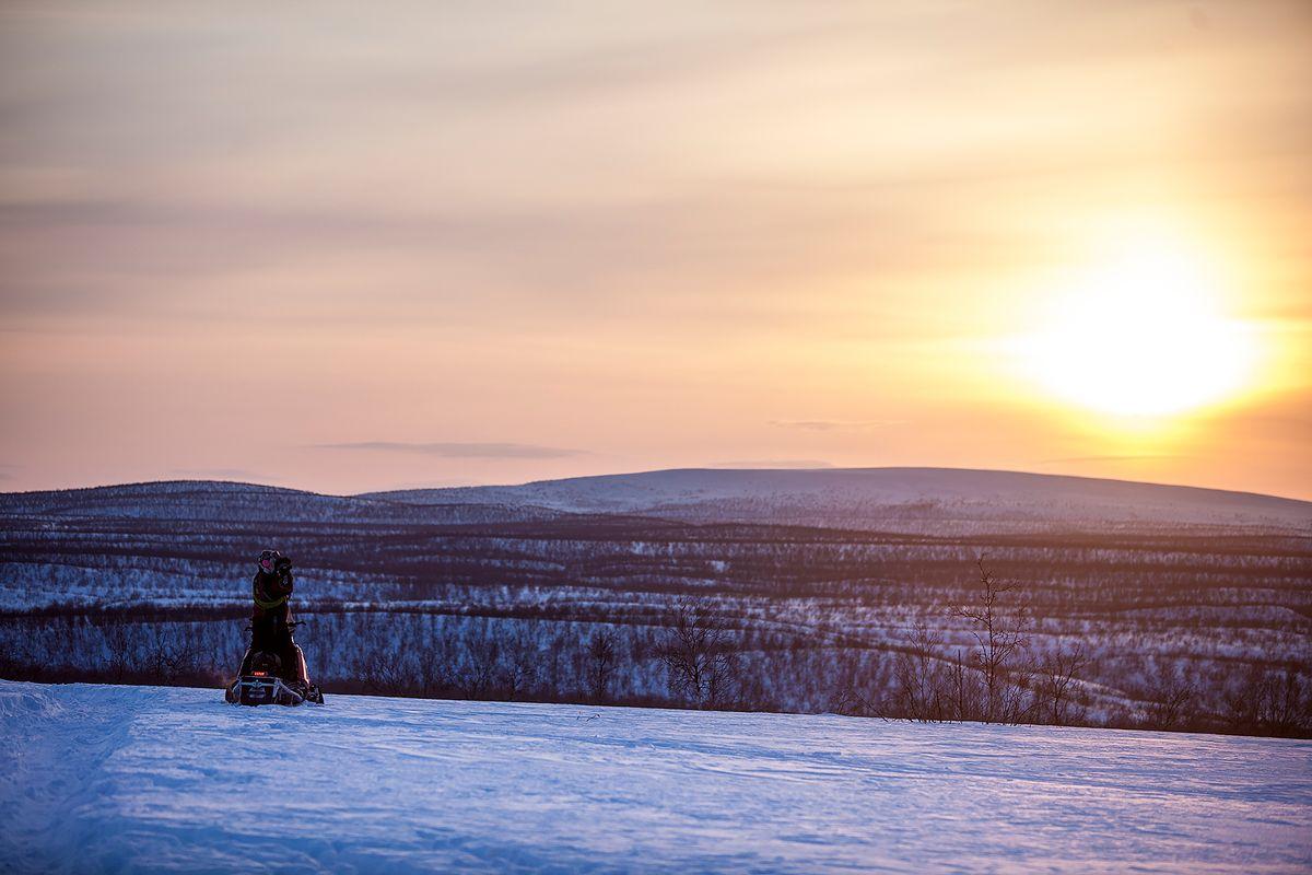Kautokeino er landets største kommune målt i areal, men med sine 2.900 innbyggere ligger den godt under snittet med tanke på befolkning. Foto: Magnus Knutsen Bjørke
